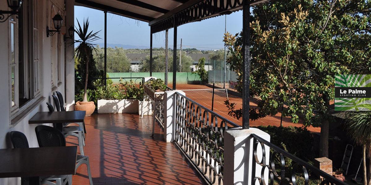 Le Palme Sporting Club Roma - veranda e campo da tennis